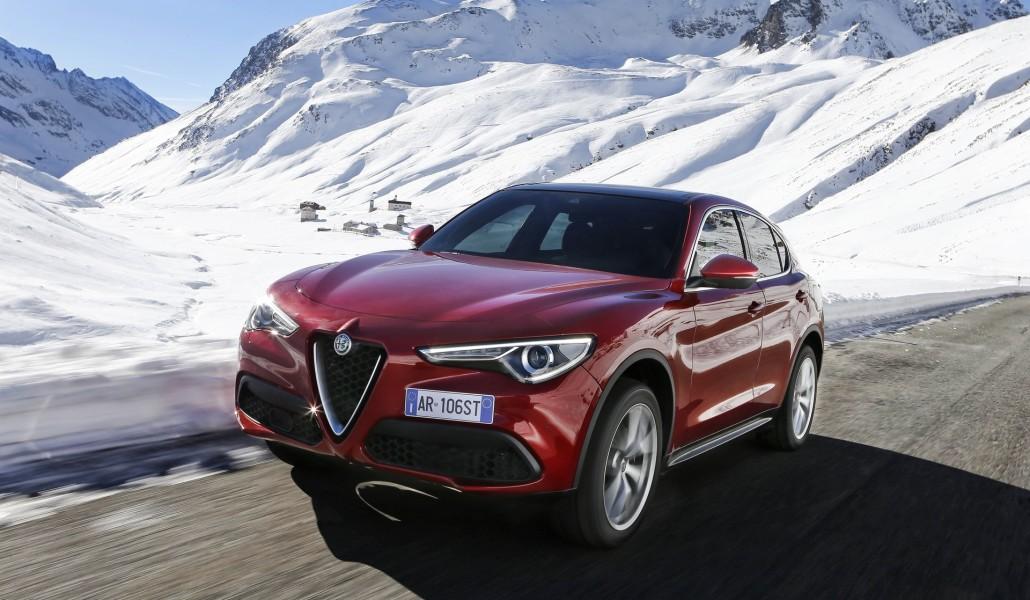 Alfa Romeo Stelvio 007