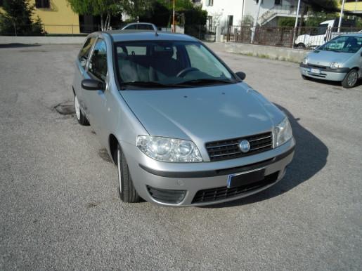 FIAT PUNTO 1.3 MJT KM 126000 € 2200